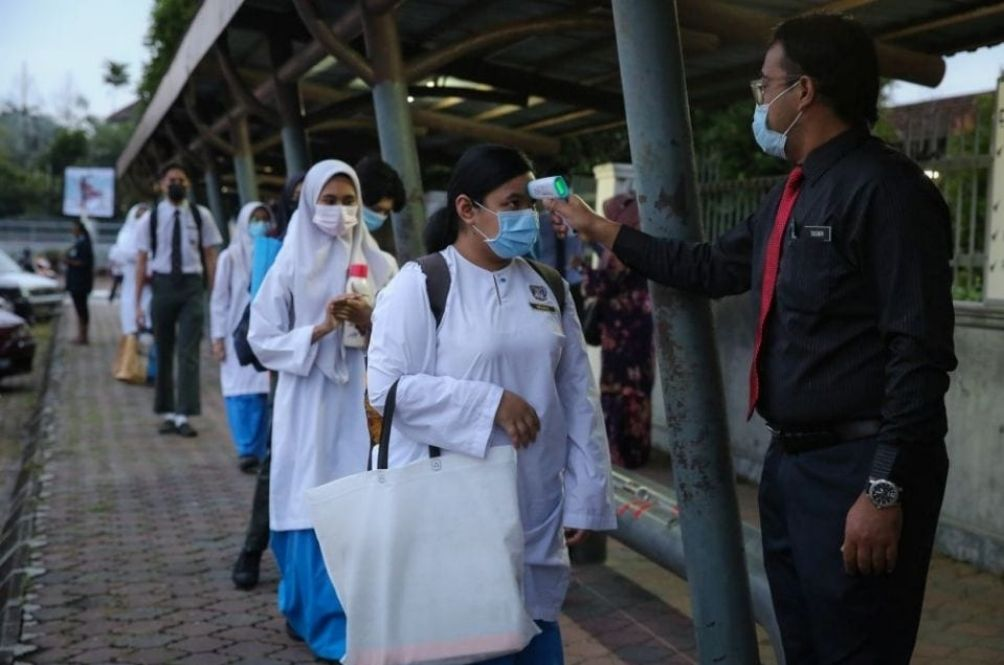 Khairy: Form 5, Form 6 Students To Receive COVID-19 Vaccine Starting July