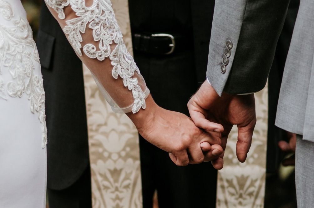 Taiwanese Man Divorces And Marries Wife Four Times To Get 32 Days Of Marriage Leave