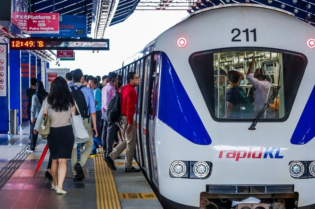 Prasarana Trains And Buses To Operate As Usual During MCO