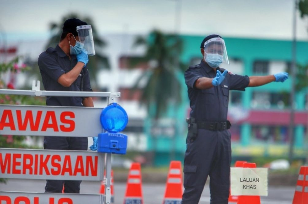 COVID-19 SOP: PM Warns Of Higher Compounds, Jail Time And Business Closures For Repeat Offenders