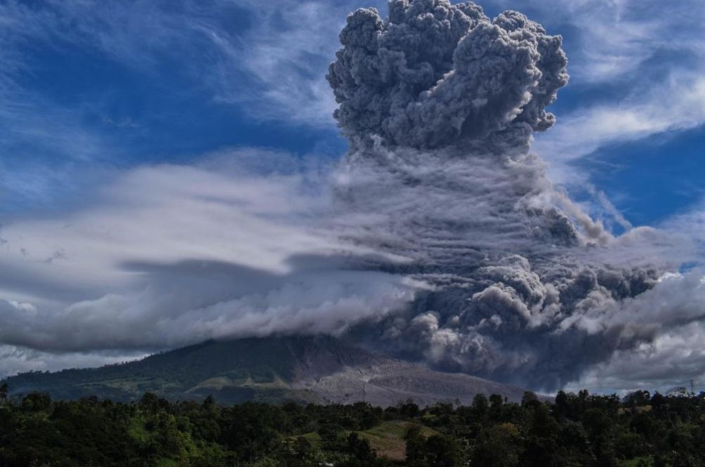 MET Dept: Volcanic Ash From Indonesia's Mount Sinabung To Enter Malaysian Airspace