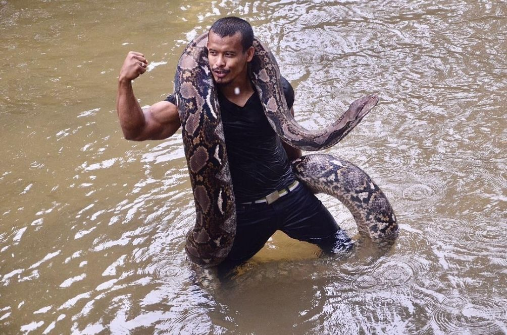 Mocked And Belittled, Penang Man Says He Doesn't Care As Long As He Has His Snakes