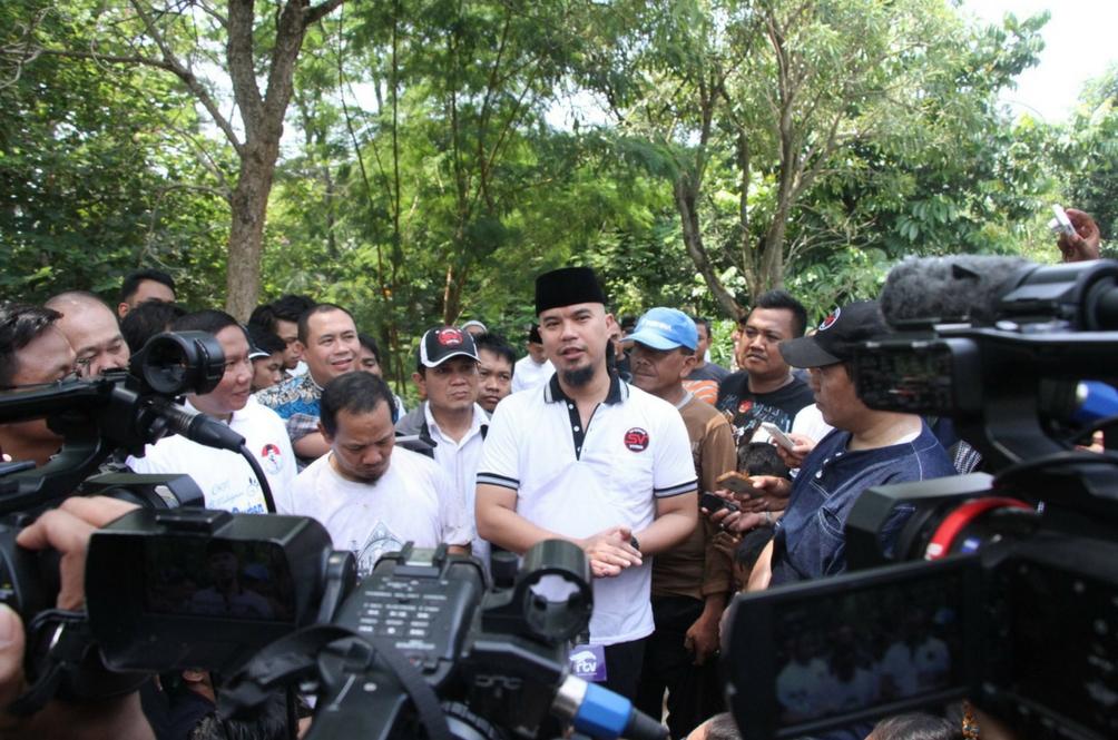 Ahmad Dhani Ditahan Atas Dakwaan Terbabit Perhimpunan 'Aksi Damai 2 Disember'