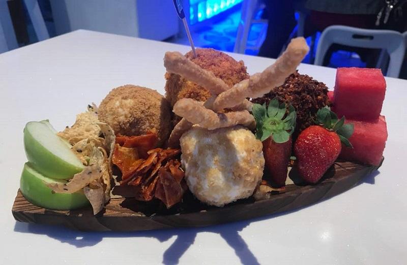 Jika anda ke Ice Cafe, jangan lupa mencuba Aiskrim Kandar yang unik.