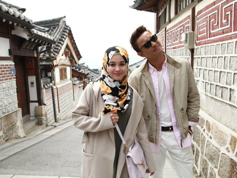 Aiman Hakim Ridza dan Emma Maembong digandingkan sebagai pelakon utama filem Kimchi Untuk Awak.