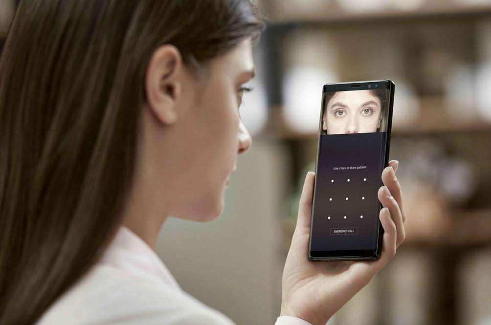 Samsung Galaxy Note 8 Papar Imej Lebih Jelas, Guna Pengimbas Mata
