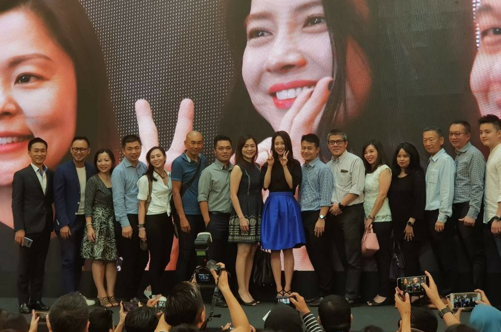 Pavilion Dilanda 'Tsunami' K-Pop Gara-Gara Samsung Galaxy Note 8
