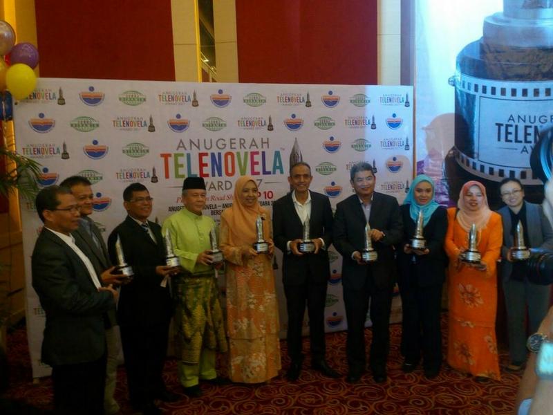 Penganjuran acara Anugerah Telenovela memberi pengiktirafan kepada filem dan drama adaptasi novel.