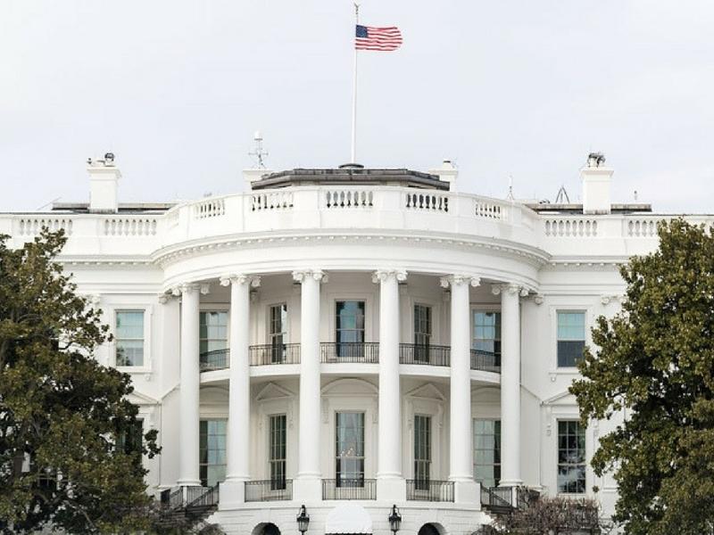Sejak tahun 2016 tiada lagi sambutan Iftar dan Aidilfitri di Rumah Putih, Amerika Syarikat.