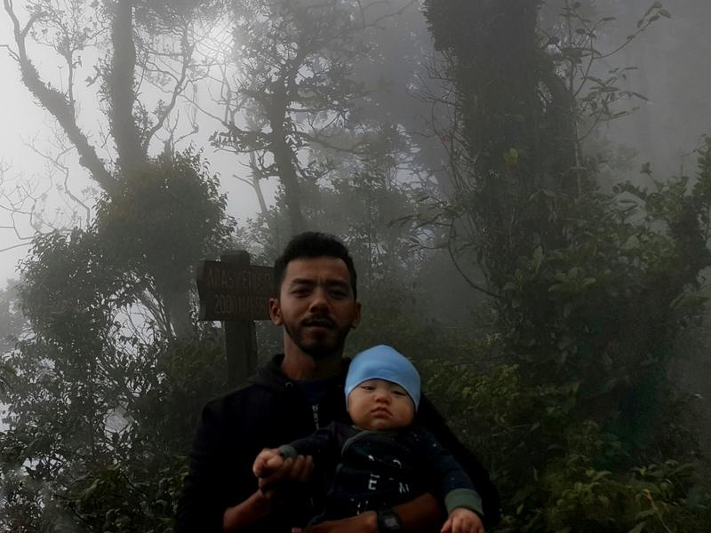 Murshid membuat kajian terlebih dahulu sebelum mengambil keputusan membawa anaknya, Noah memanjat gunung.