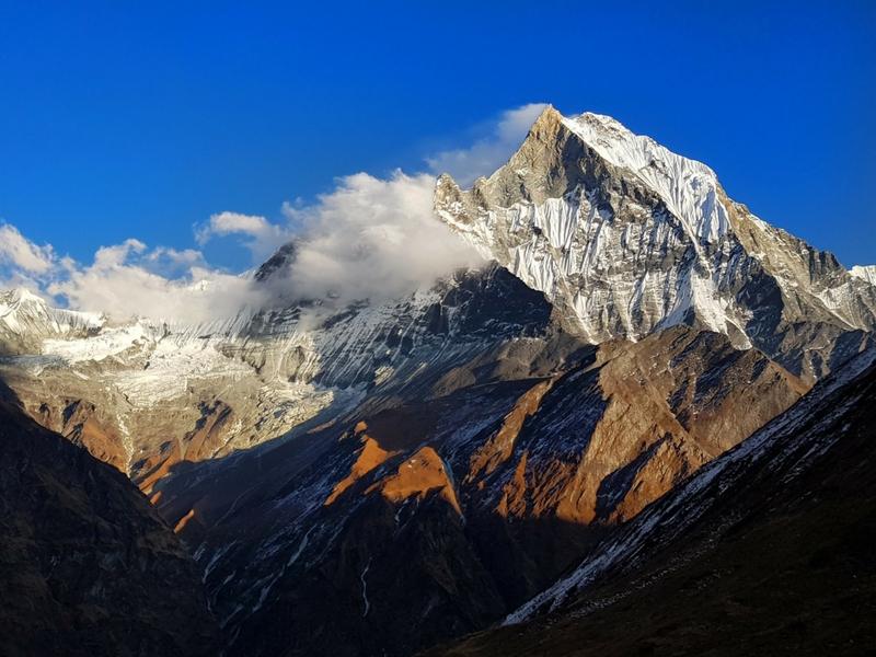 Permandangan dr ABC menghala ke gunung Machapuchare.