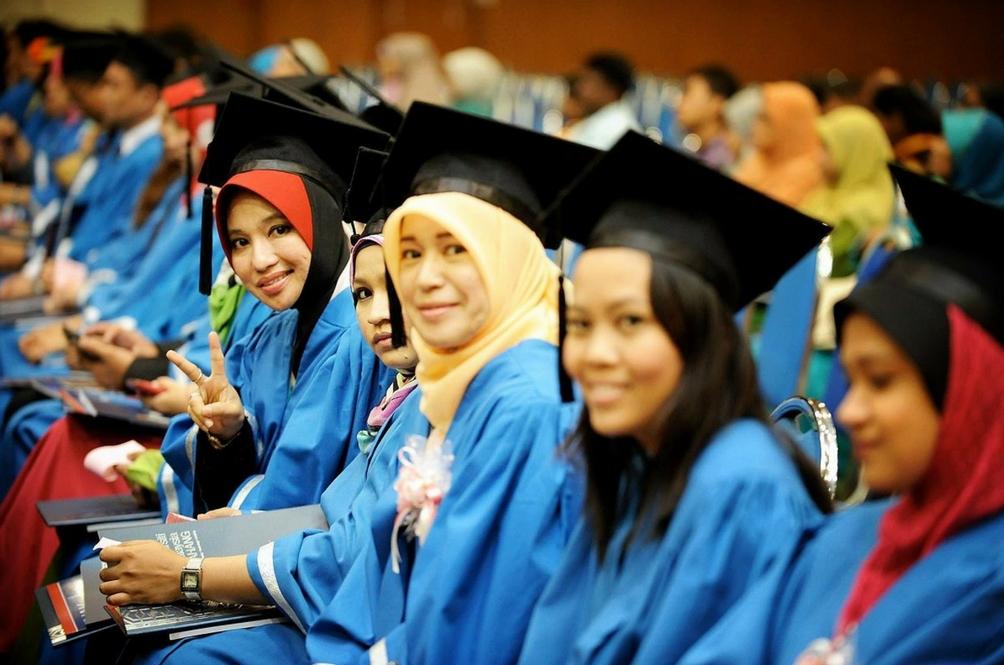 Pelajar Malaysia Paling Tenang Ketika Peperiksaan! Adakah Ia Perkara Baik Atau Masalah Besar?