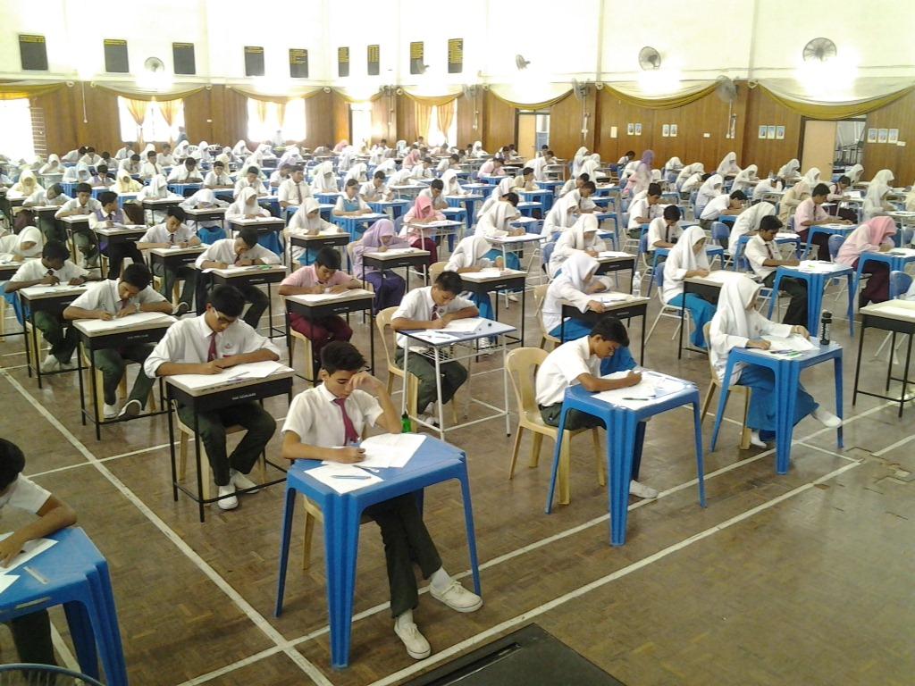 Benarkah rakyat Malaysia tidak bimbang dengan ujian peperiksaan mereka?