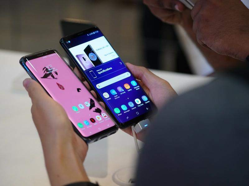 S9 dan S9 Plus mula dijual hari ini.