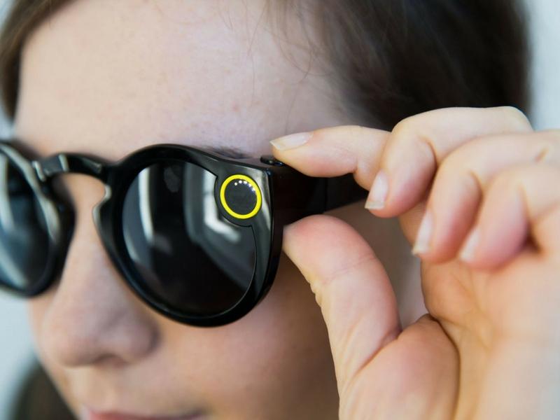 Kekurangan pada Snapchat membolehkan syarikat lain menghasilkan produk lebih hebat.