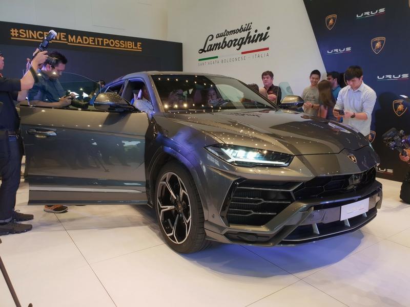 Super SUV pertama daripada Lamborghini.