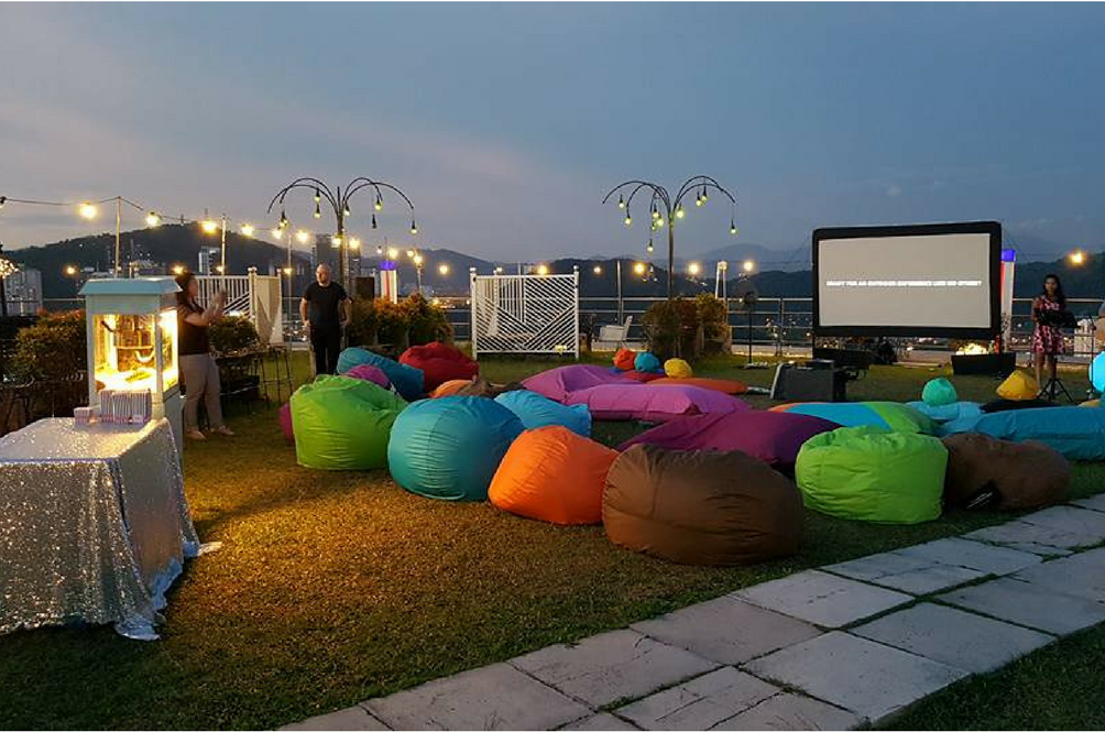 Want To Watch Classic Christmas Movies On A Helipad? Well, Now You Can!