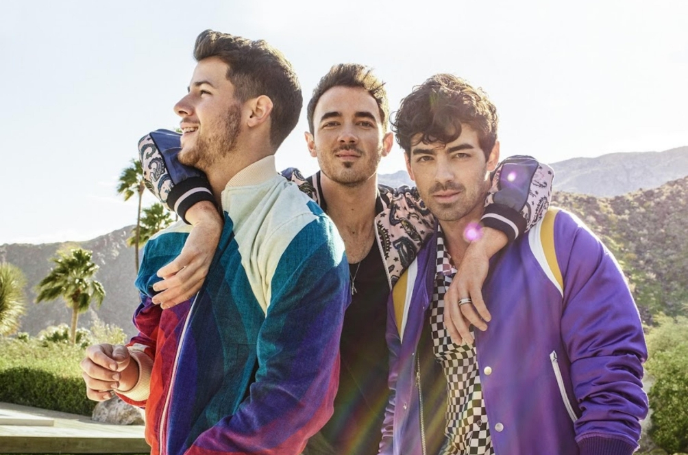 "Jonas Brothers Fans, Things Are ""Burnin' Up"" Because A Documentary Is Coming Soon"