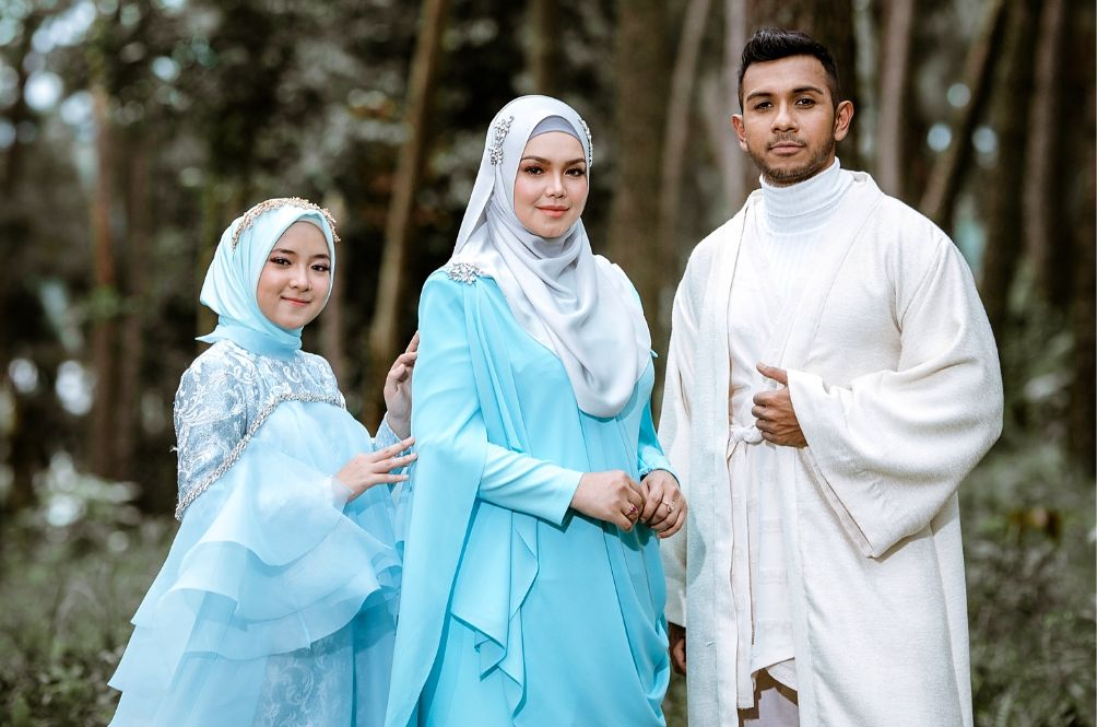 Siti Nurhaliza Has A New Hari Raya Song With Singers From S'pore and Indonesia