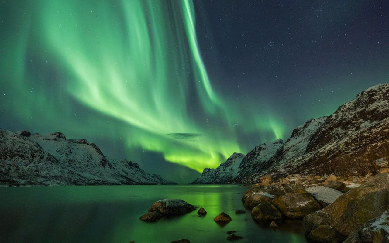 Damn Norway, look at that spectacular view!