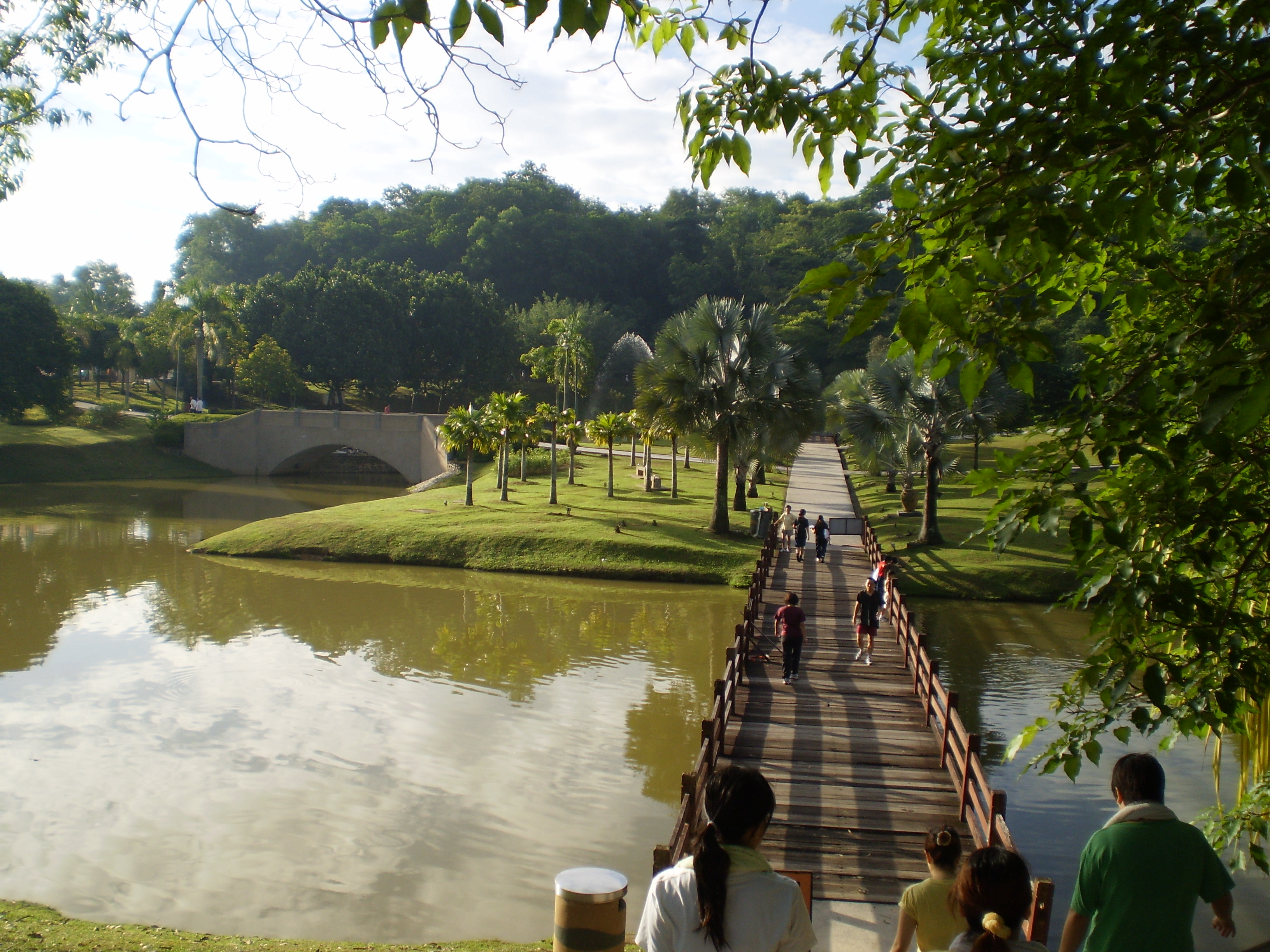 It's a great place to bring your family for a nice morning jogging session.