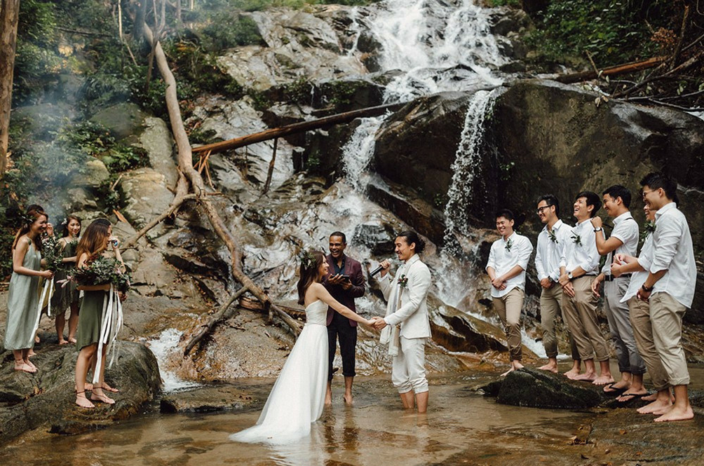 This Malaysian Couple's Unconventional Wedding At A Waterfall Is Truly Our #RelationshipGoals