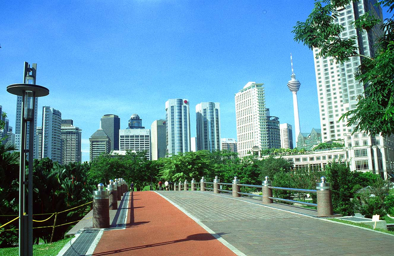 You can even see KL Tower from this jogging trail.