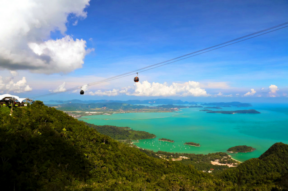 This Malaysian Cable Car Has Been Dubbed As One Of The Best Cable Cars In The World