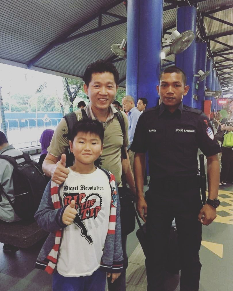 This Auxiliary Police officer even helped reunite a father who was separated from his son at the station.