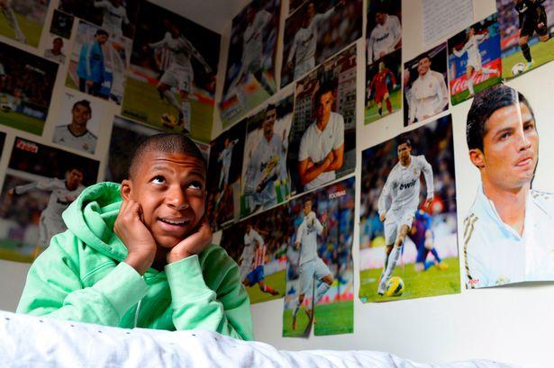 He's a true, certified Ronaldo fan.