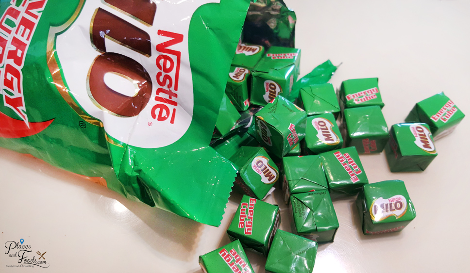 Anyone nice enough to belanja us a packet? We've never had them before.