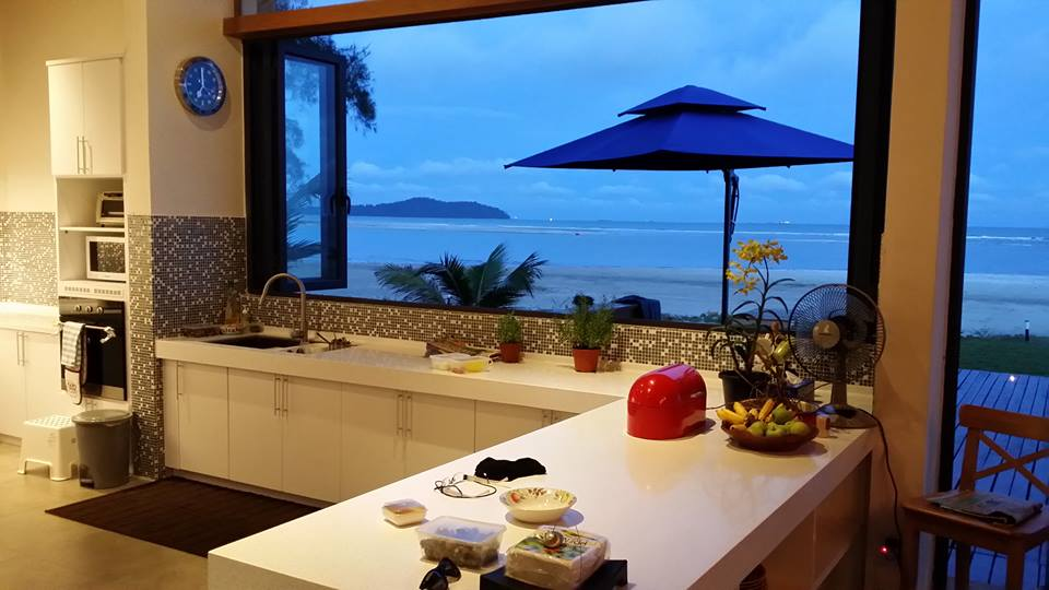 You can even see the beach from the kitchen!