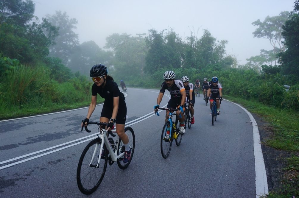 Cyclists, Beware! RM1,000 Fine And 3 Months Jail Awaits For Cycling On Highways