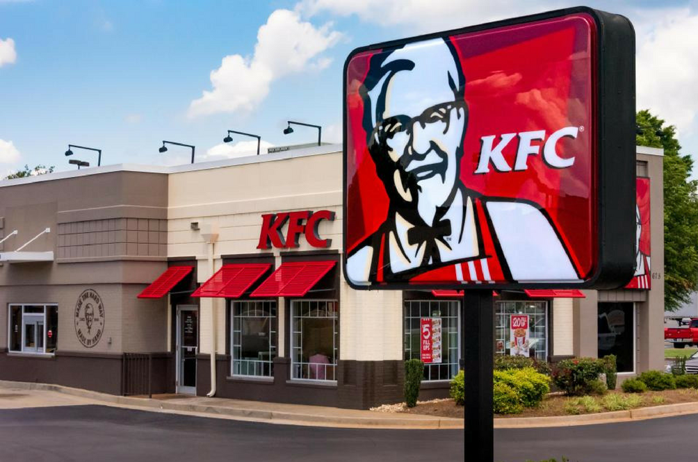 Hundreds Of KFC Outlets Were Forced To Close Due To The Funniest Reason – Chicken Shortage