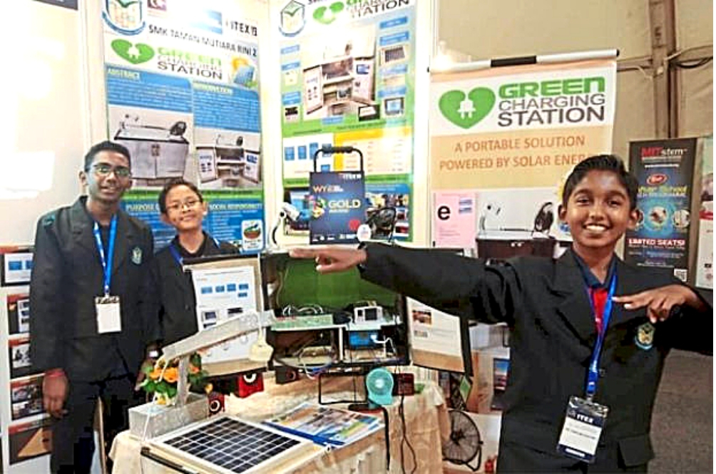 These Students Invented Portable Solar Chargers So That Their Friends From Rural Homes Can Study