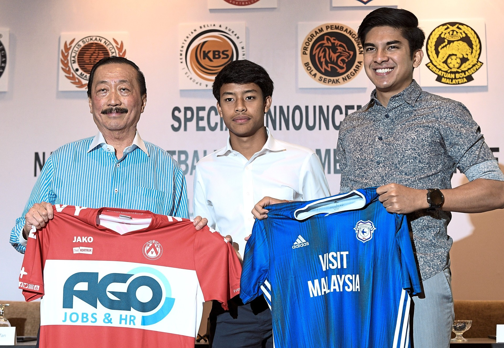 Luqman during the press conference about his signing.