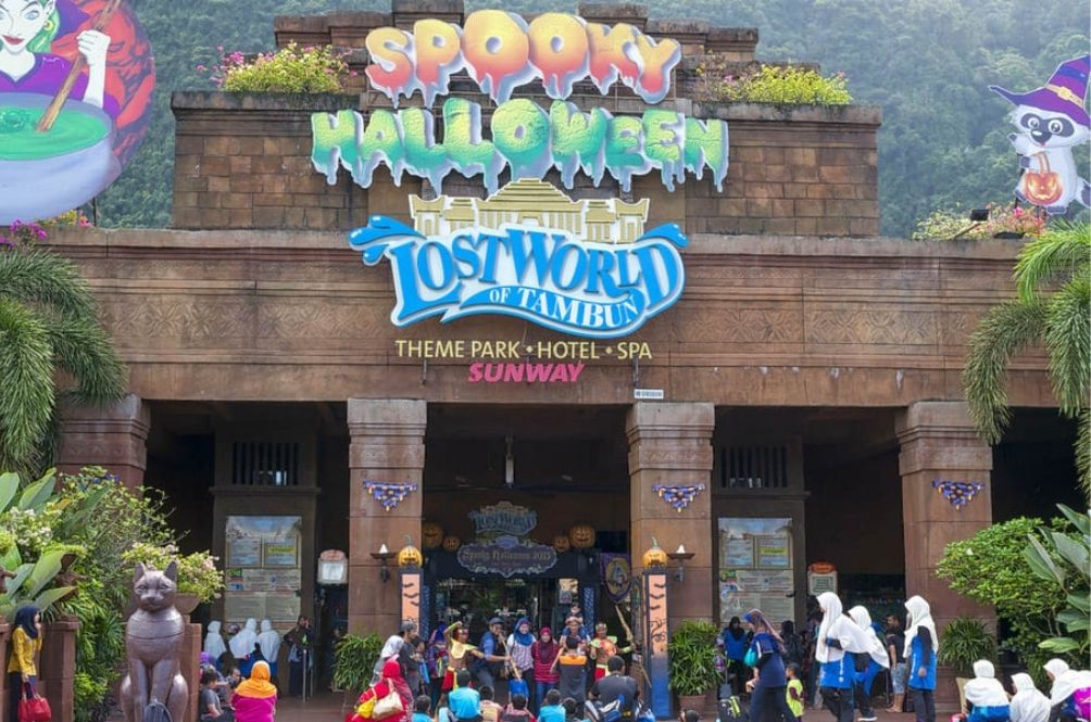 Sunway Lost World Of Tambun Reports Its First Suspected COVID-19 Case