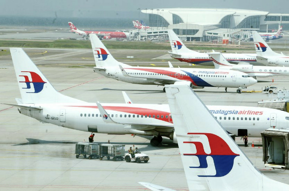 Analysts Say That Malaysia Airlines And AirAsia May Increase Their Airfares Soon. Here's Why!