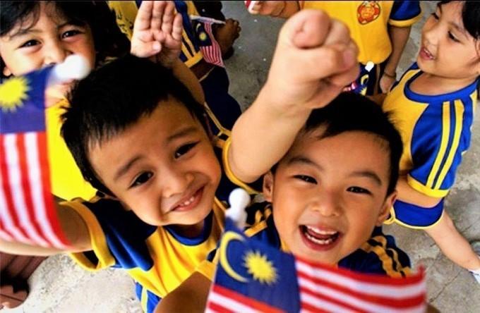 "Imagine someone saying ""Hey I'm Malaysia, a Malaysian living in Malaysia."""