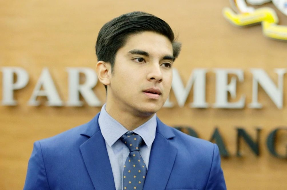 All Government Ministries Are Now Obliged To Pay Interns, Thanks To Syed Saddiq
