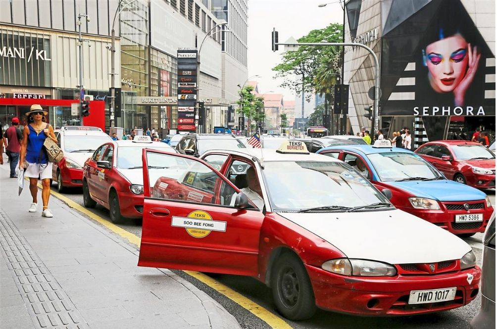 Study: Malaysia Offers The FIFTH Cheapest Taxi Fare In The World