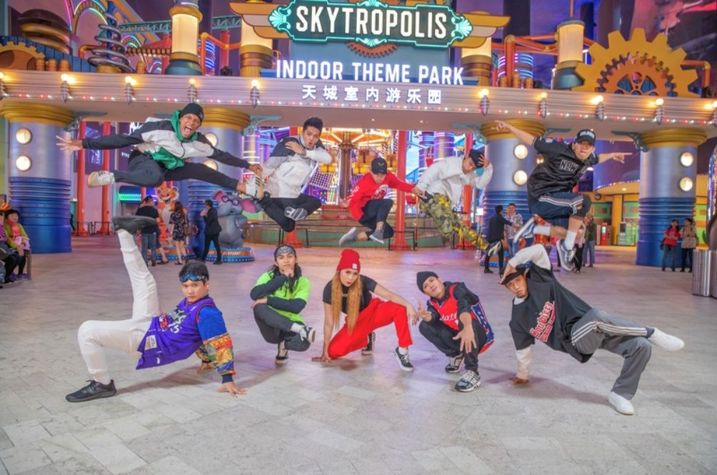 Always Dreamed Of Working At Genting's Newest Theme Park? Here's How You Can Get The Job