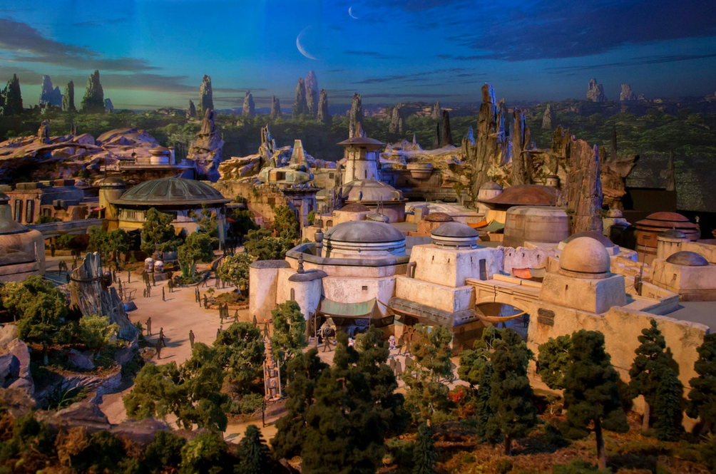 Disney Has Revealed How The 'Star Wars' Lands Will Look Like And It's Pretty Epic