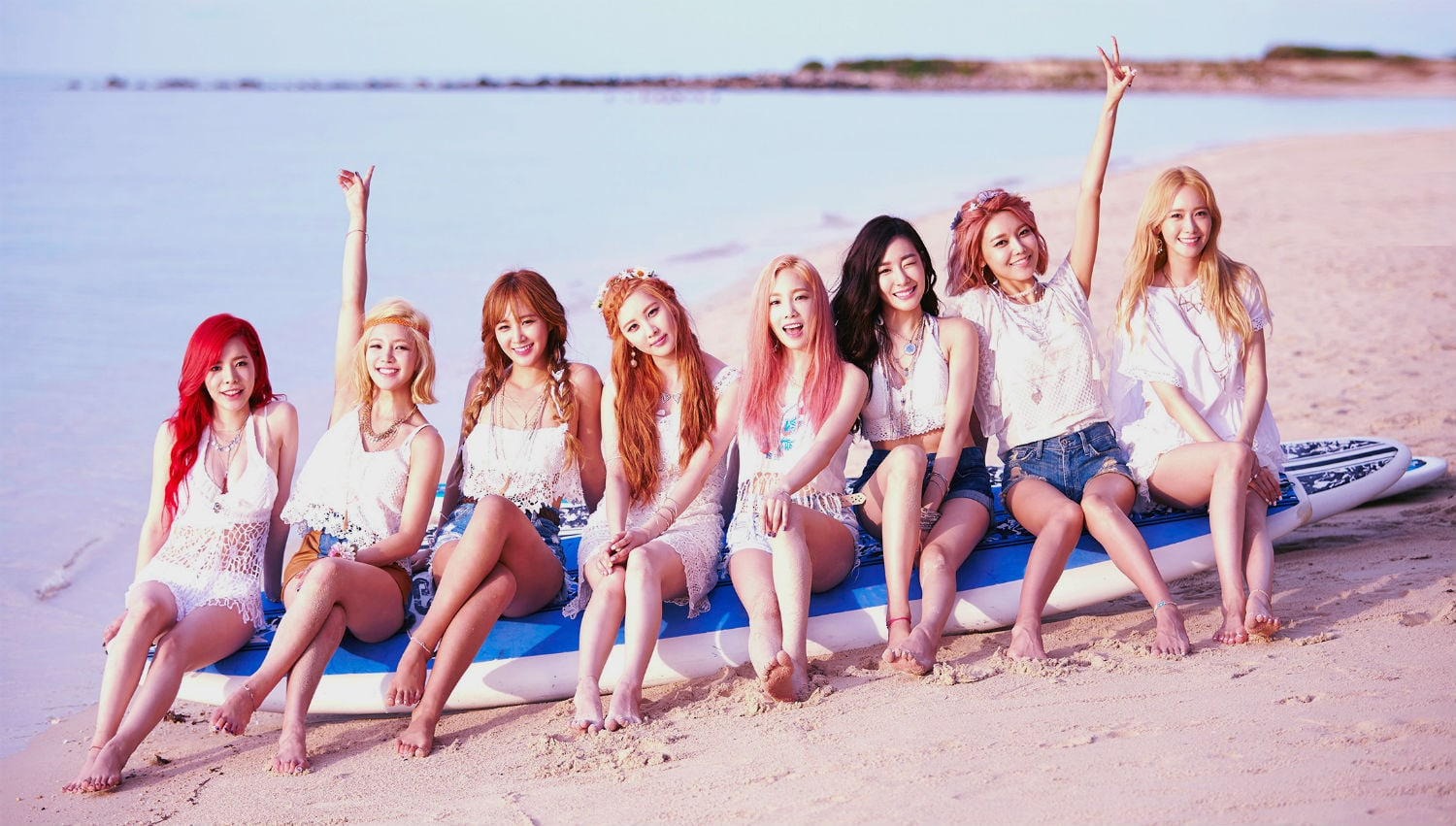 Girls Generation released their fifth album 'Lion Heart' after Jessica Jung's departure.
