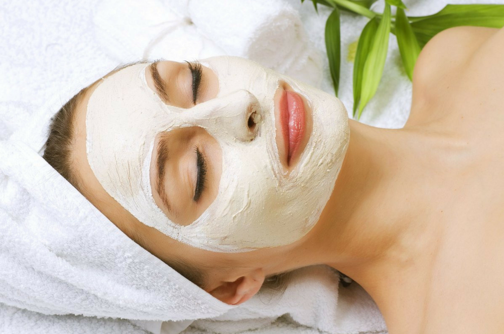 15 Super Easy Natural Face Masks You Can Make At Home