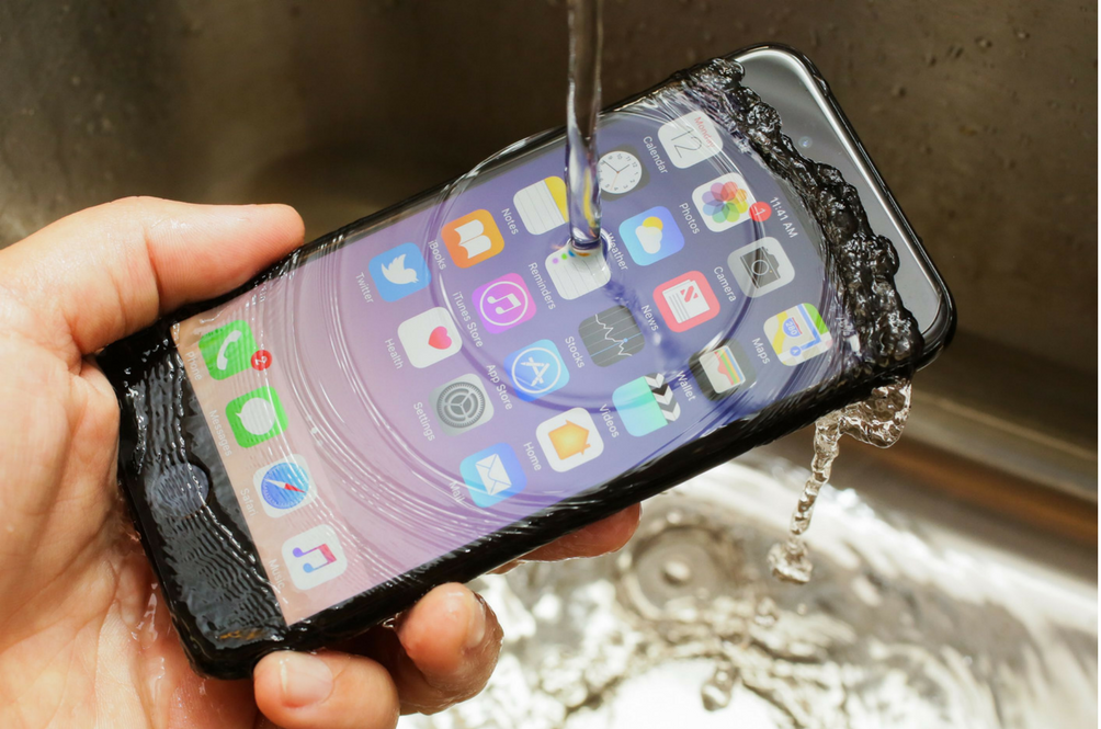 Apple Discontinued This iPhone Without You Even Realising