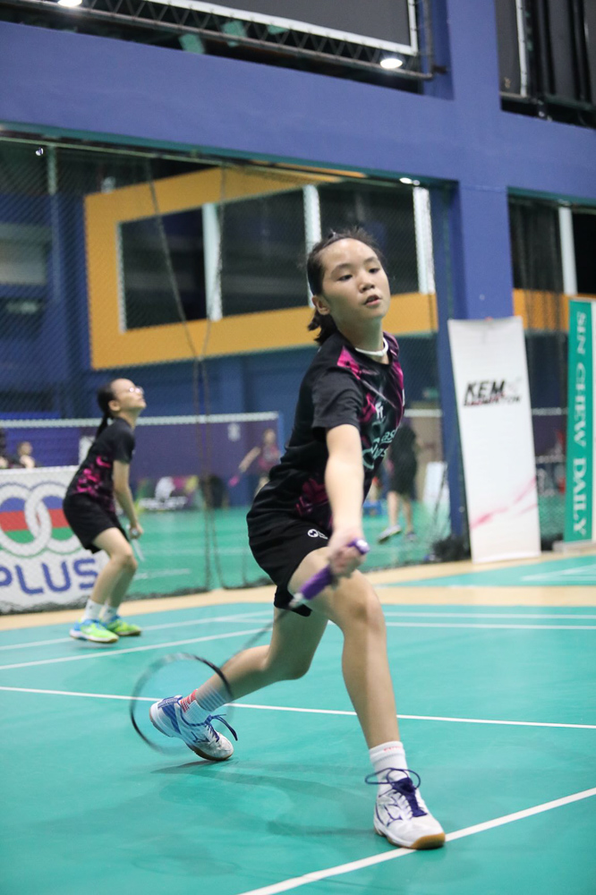 Ng Wen Xi's parents are also very supportive of her pursuit in badminton.