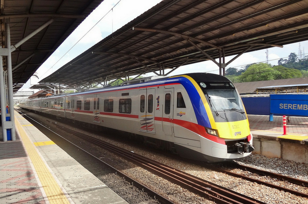 You No Longer Have To Crowd At The One And Only Touch 'n Go Lane At KTM Stations
