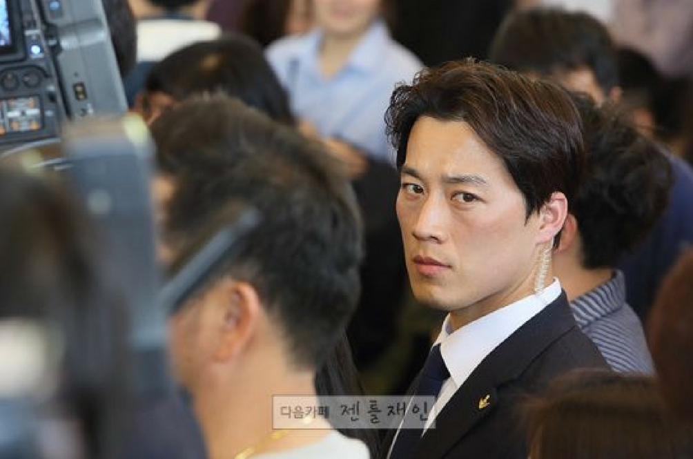 South Korea Has A New President But The Internet Is More Interested In His Bodyguard Instead