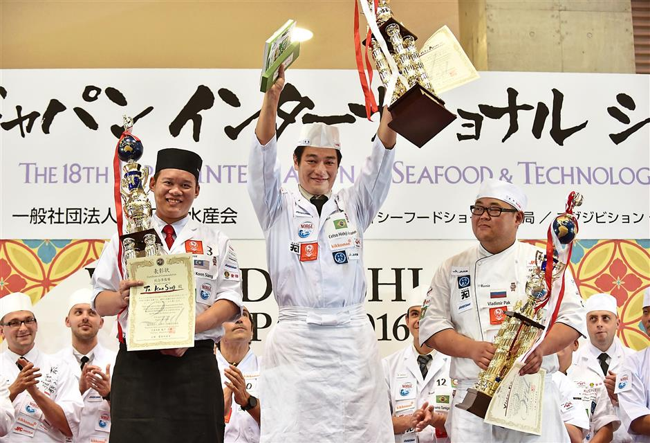 Chef Tai (left) lost to Brazilian with Japanese heritage Hideji Celso Amano in the 2016 competition.